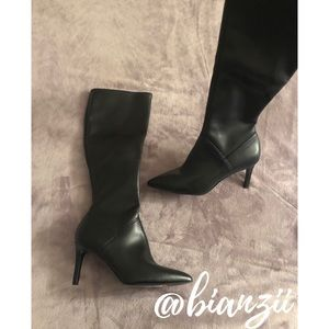 MUST GO! ACCEPTING OFFERS!✨NINE WEST LEATHER BOOTS